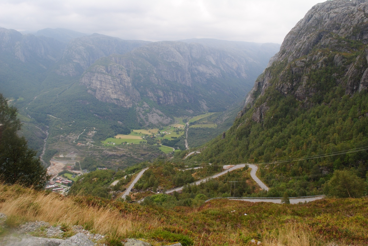 Driving on the Winding Roads ofNorway