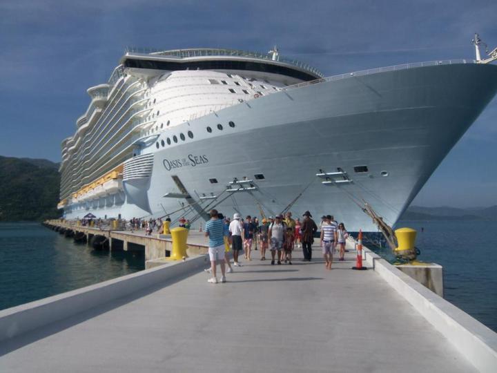 cruiseship-labadee