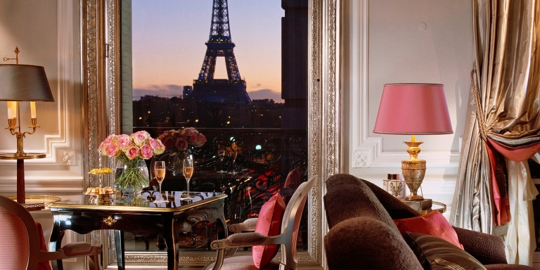 view-from-the-signature-eiffel-suite-361-at-hotel-plaza-athenee