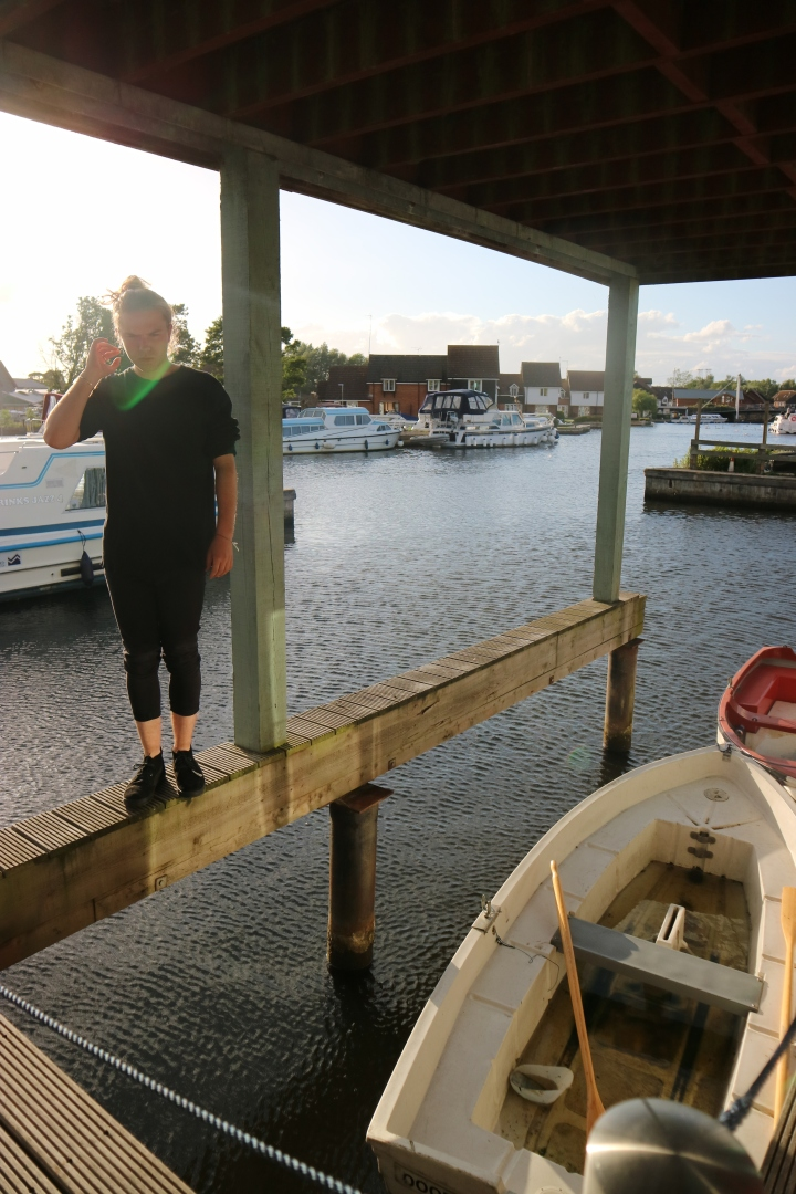 Photo Diary: Scary Swans and BoatTrips